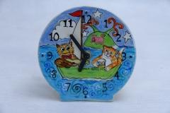 pea green clock